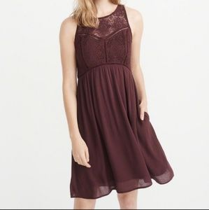 Abercrombie & Fitch | Burgundy Lace Dress